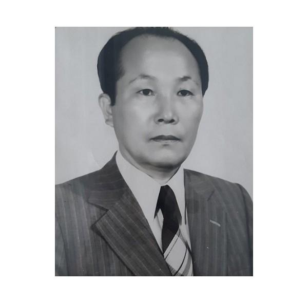 5~7대, 10대 이사장 최주남(1969-1975, 1978-1982).jpg